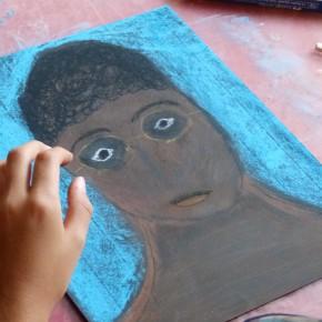 """Atelier """"Portrait à la craie sèche"""" (10/12 ans)"""